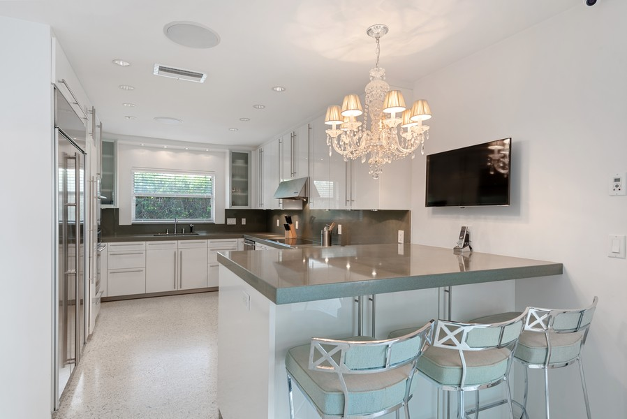 Real Estate Photography - 2825 NE 25th Street, Fort Lauderdale, FL, 33305 - Kitchen