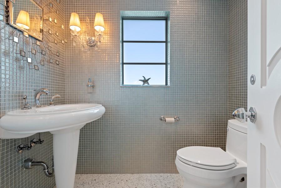 Real Estate Photography - 2825 NE 25th Street, Fort Lauderdale, FL, 33305 - Half Bath