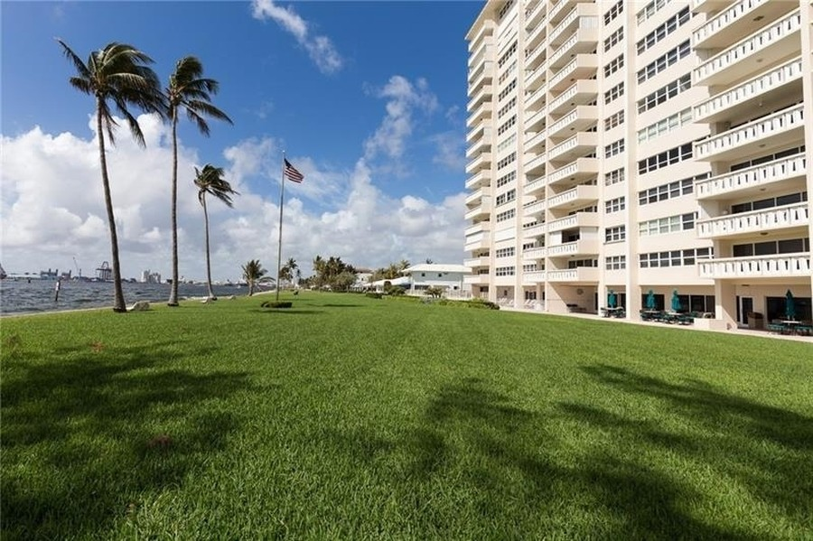 Real Estate Photography - 2100 S Ocean Drive, 7G, Ft Lauderdale, FL, 33316 - Sky Harbour East