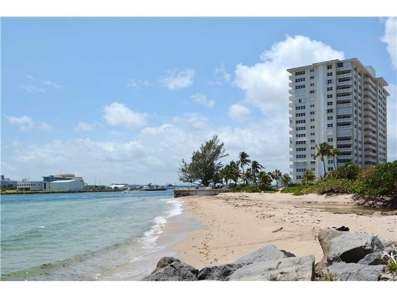 Real Estate Photography - 2100 S Ocean Drive, 7G, Ft Lauderdale, FL, 33316 - Private Beach