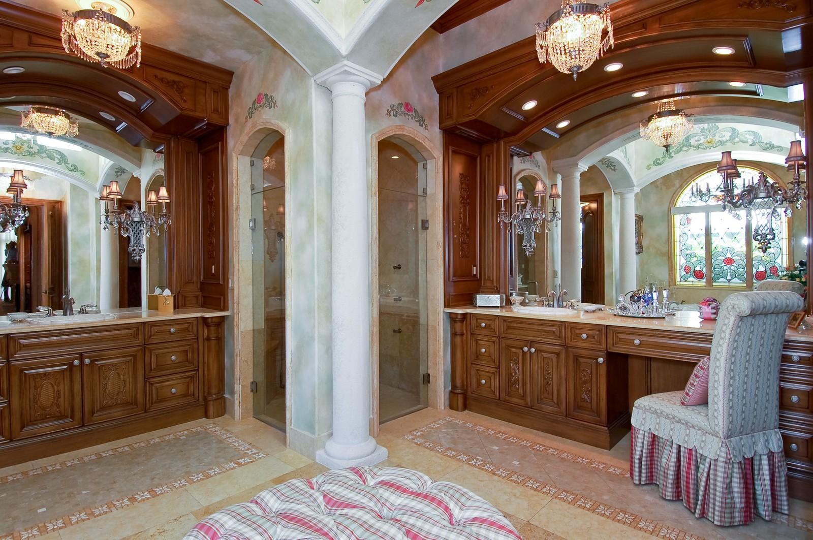 Real Estate Photography - 215 Royal Palm Way, Boca Raton, FL, 33432 - Master Bathroom