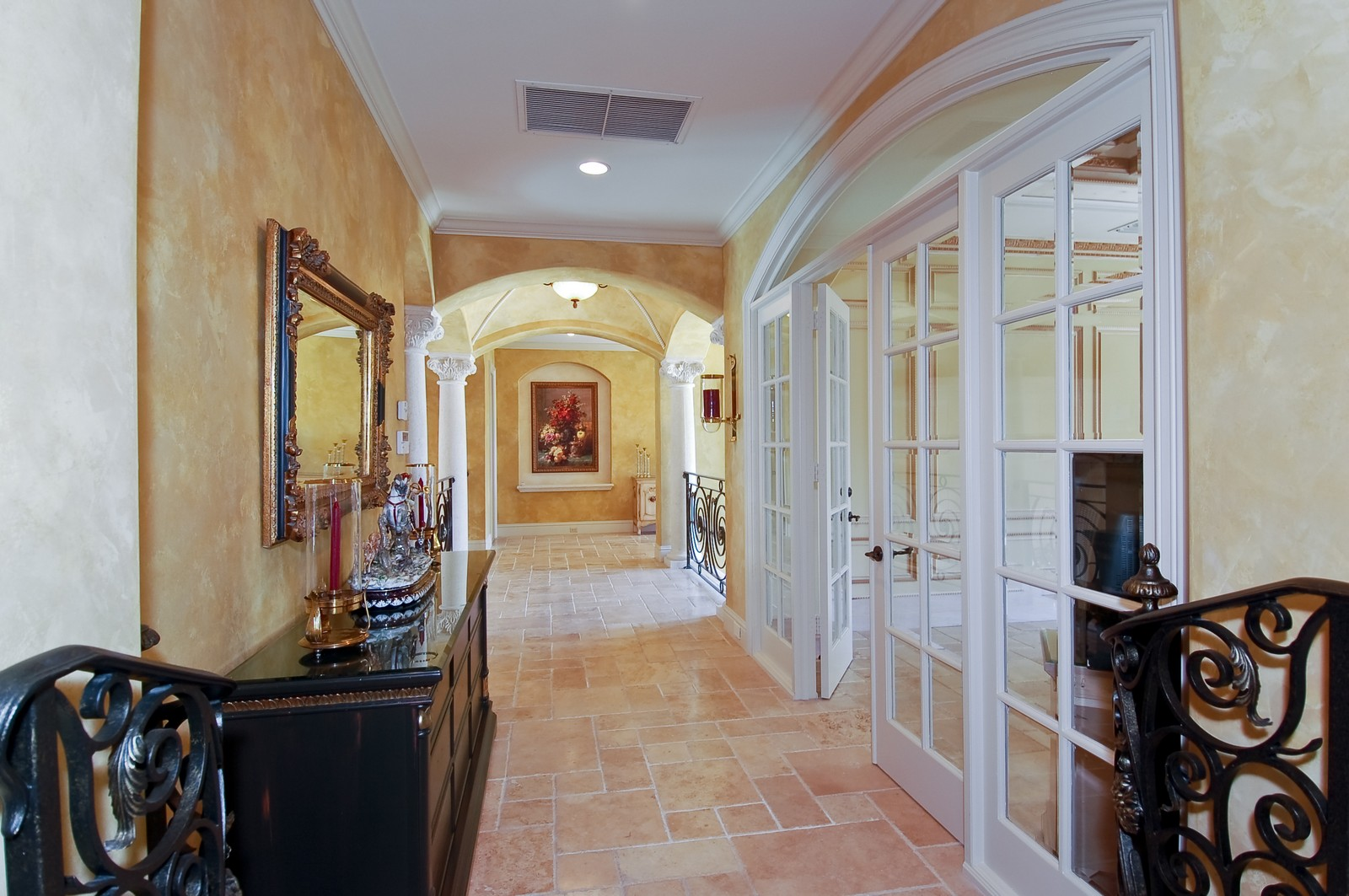 Real Estate Photography - 215 Royal Palm Way, Boca Raton, FL, 33432 - 2nd Floor
