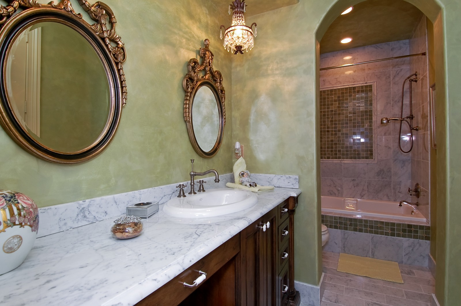 Real Estate Photography - 215 Royal Palm Way, Boca Raton, FL, 33432 - Bathroom
