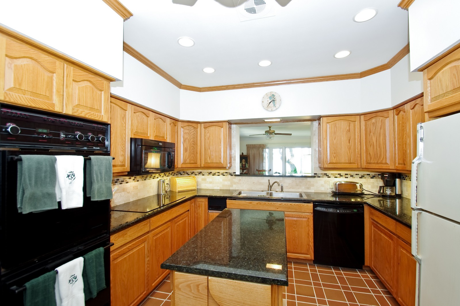 Real Estate Photography - 522 W 2nd Ave, Windermere, FL, 34786 - Kitchen