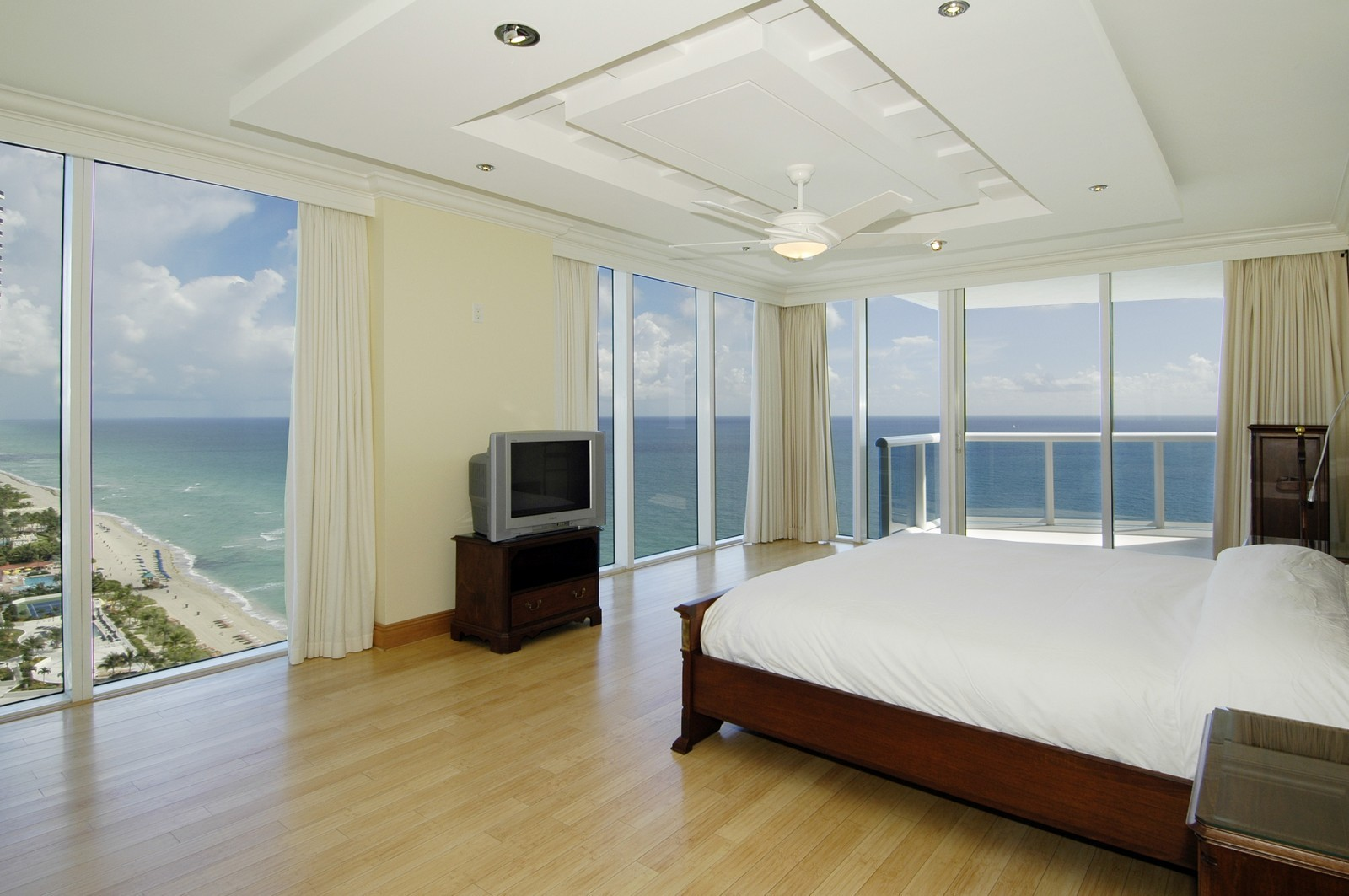 Real Estate Photography - 18911 Collins Ave, Unit 2601, Sunny Isles Beach, FL, 33160 - Master Bedroom
