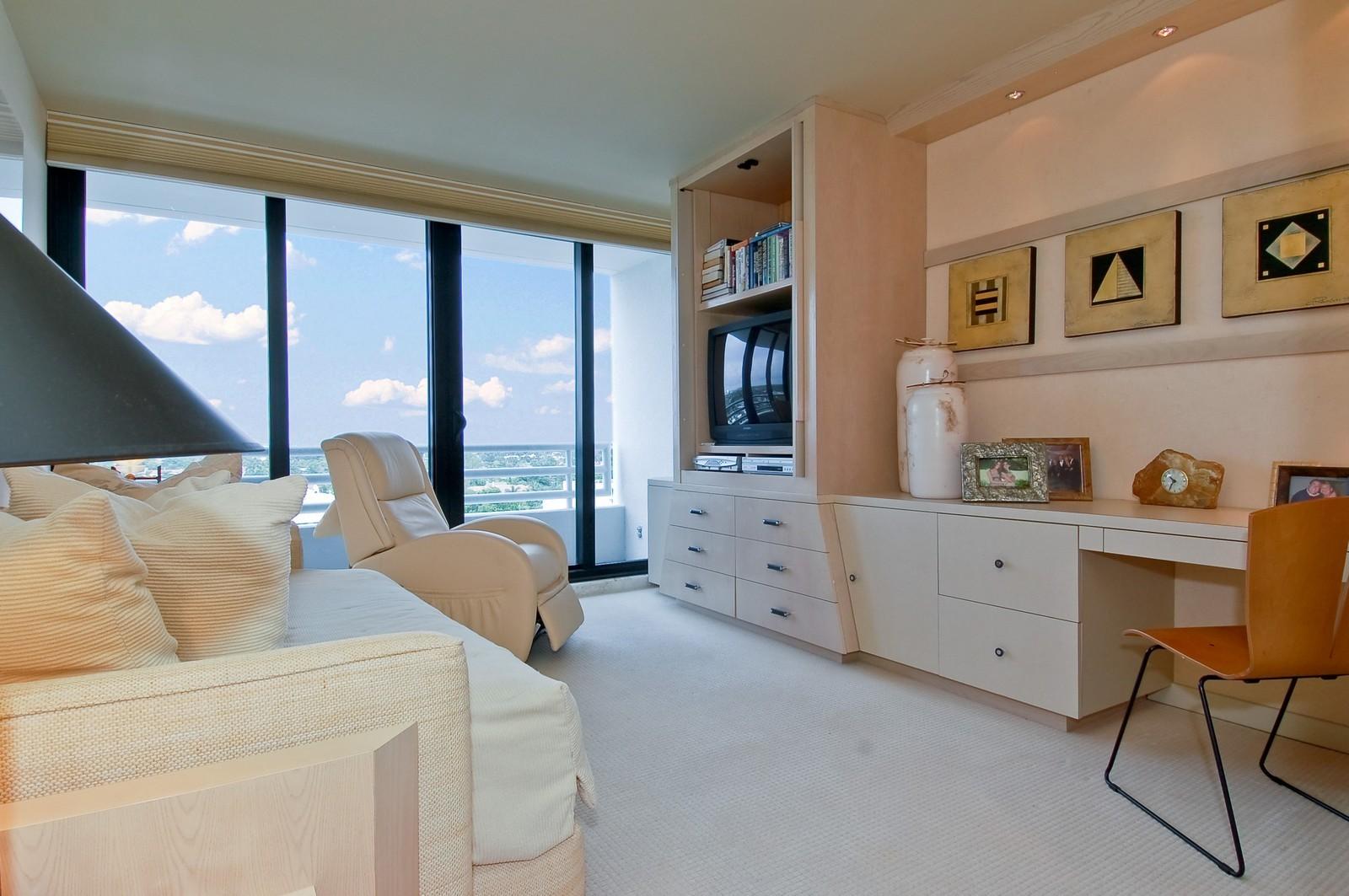 Real Estate Photography - 1500 S Ocean Blvd, Unit S903/4, Boca Raton, FL, 33432 - 2nd Bedroom