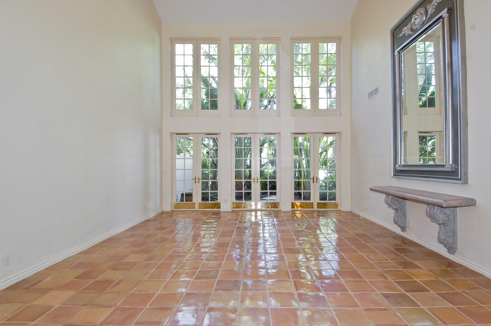 Real Estate Photography - 19566 NE 37 Ave, Aventura, FL, 33180 - Living Room