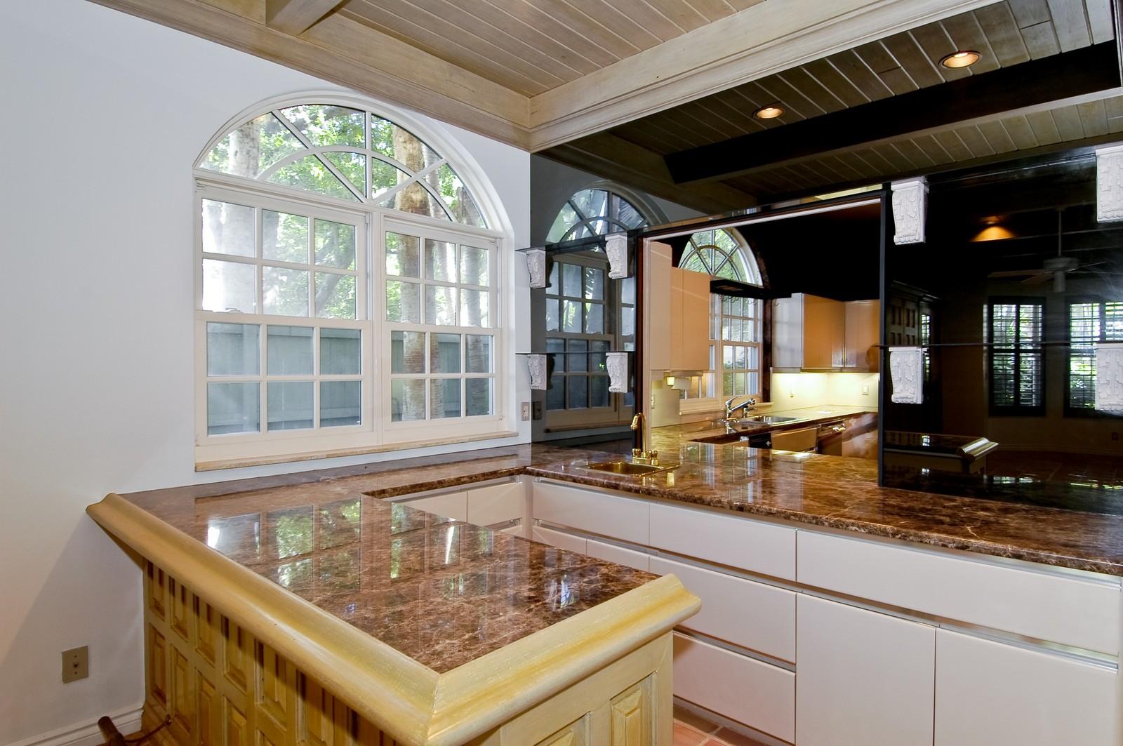 Real Estate Photography - 19566 NE 37 Ave, Aventura, FL, 33180 - Bar