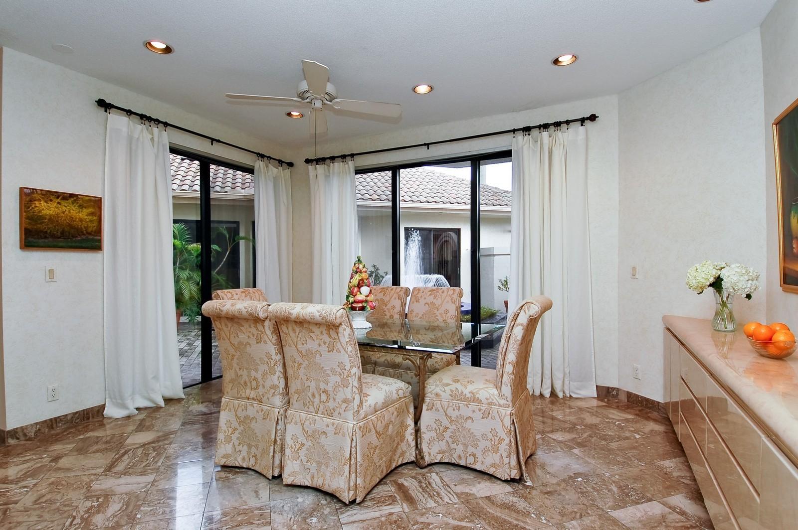 Real Estate Photography - 7339 Mandarin, Boca Raton, FL, 33433 - Dining Room