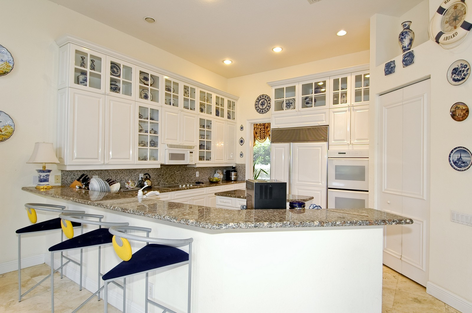 Real Estate Photography - 1081 Habor, Hollywood, FL, 33019 - Kitchen