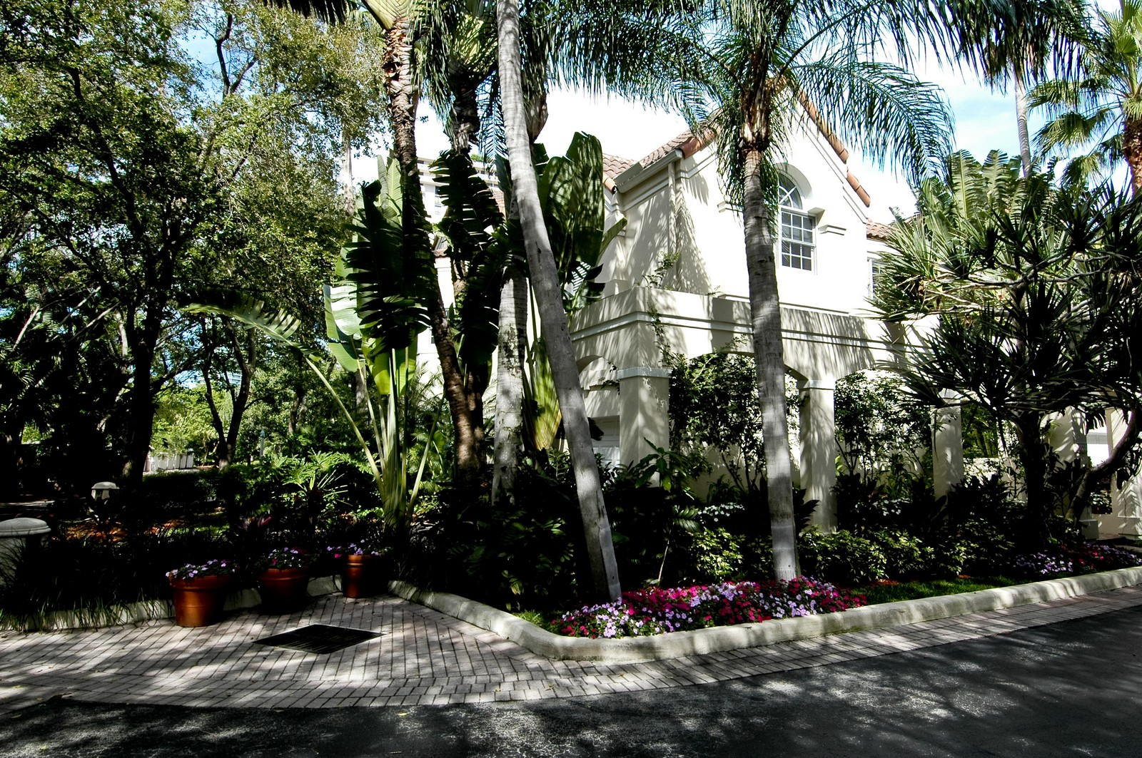 Real Estate Photography - 3685 NE 195 Ter, Aventura, FL, 33180 - Front View