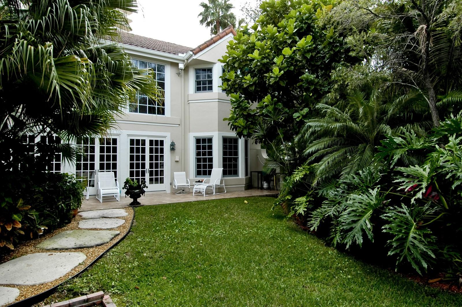 Real Estate Photography - 3685 NE 195 Ter, Aventura, FL, 33180 - Rear View