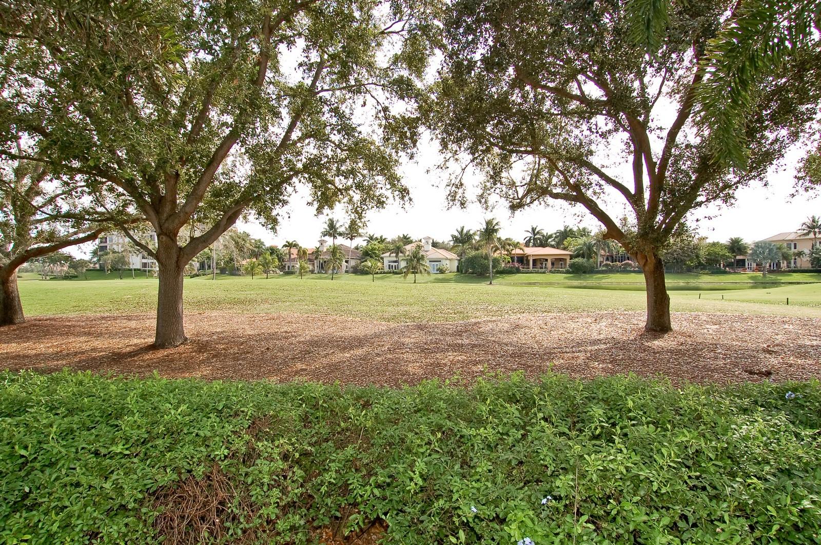Real Estate Photography - 7478 Valencia Dr, Boca Raton, FL, 33433 - Golf Course