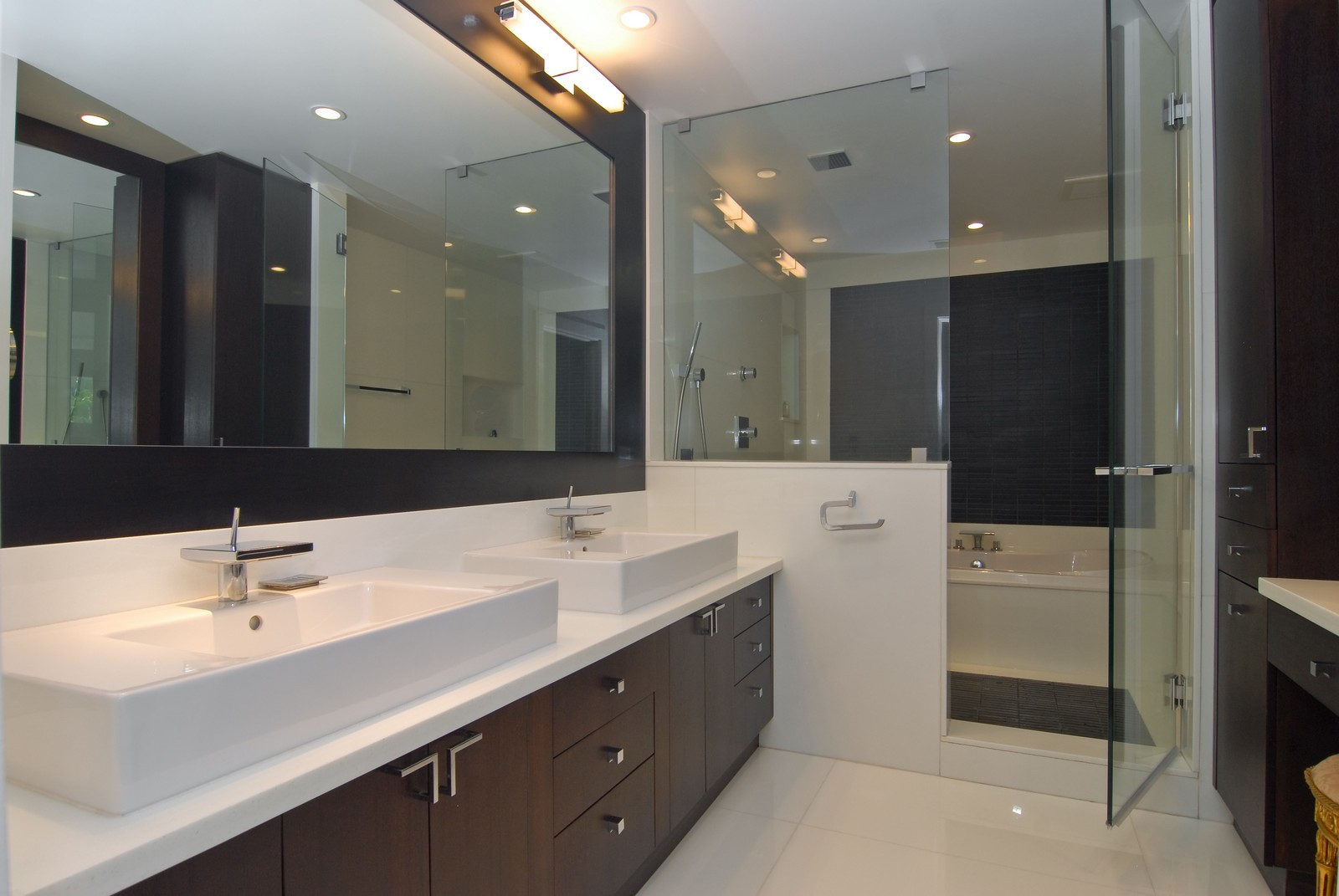Real Estate Photography - 6842 Sunrise Ter, Coral Gables, FL, 33133 - Master Bathroom