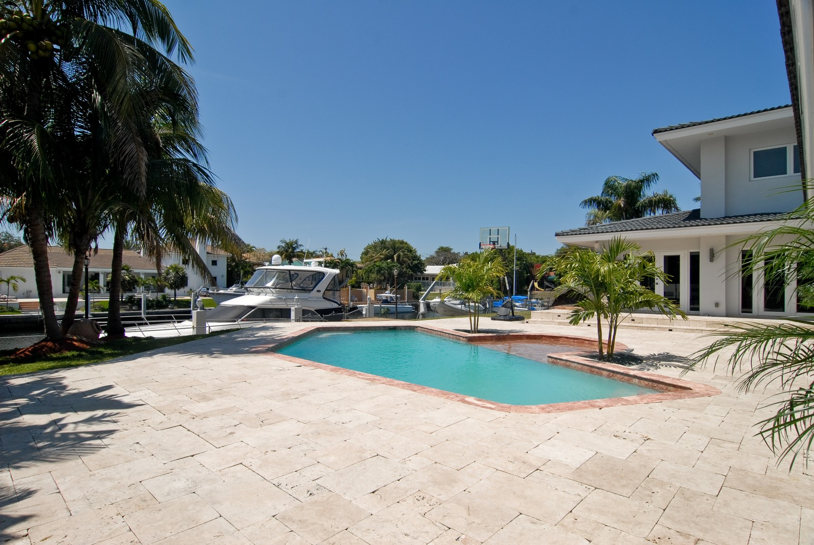Real Estate Photography - 6842 Sunrise Ter, Coral Gables, FL, 33133 - Back Yard