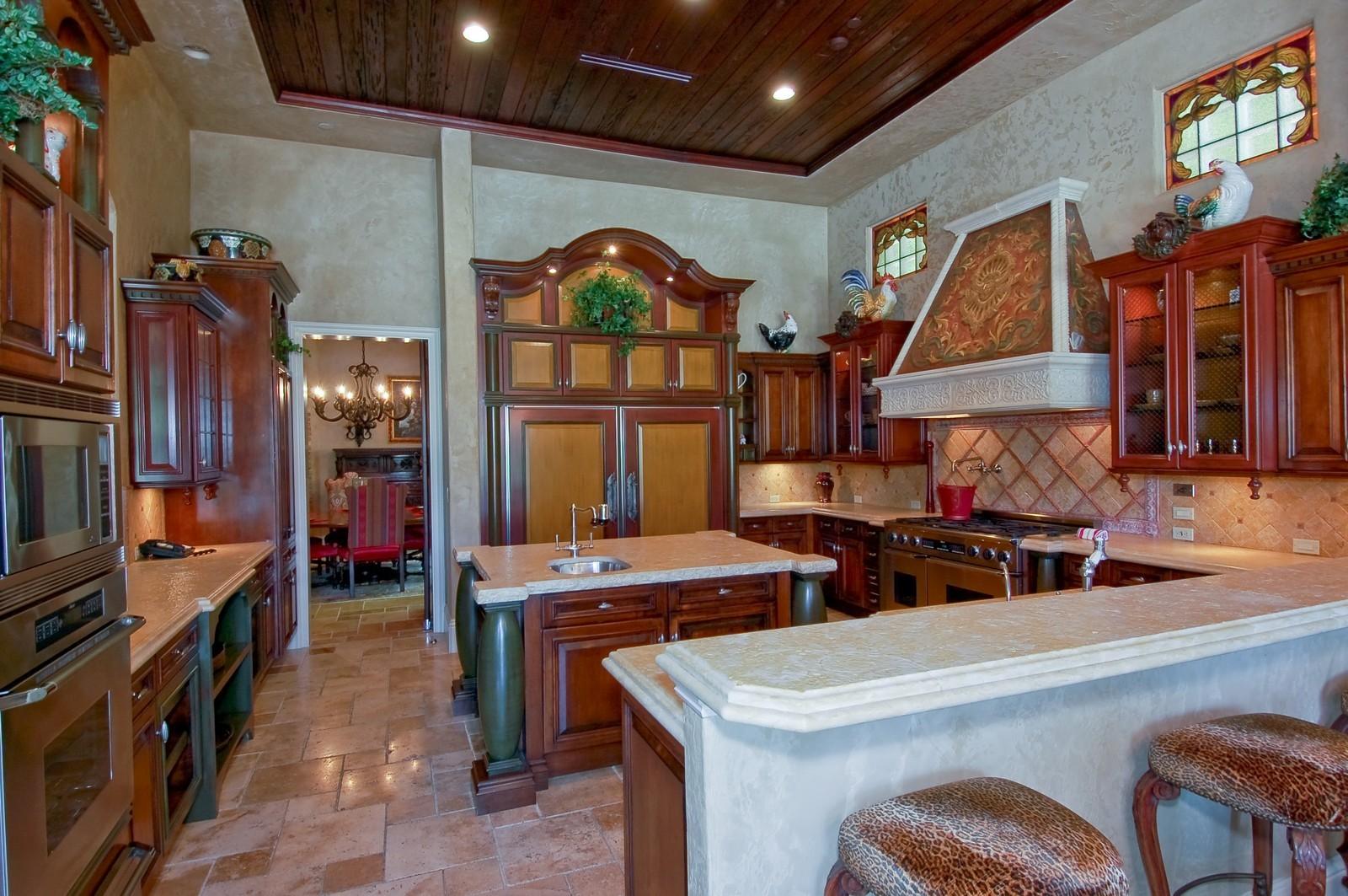 Real Estate Photography - 355 Mizner Lake Dr, Boca Raton, FL, 33432 - Kitchen