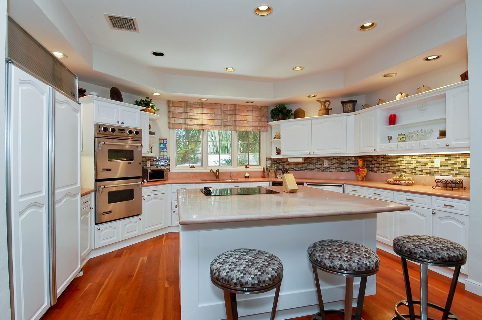 Real Estate Photography - 4798 Sanctuary Ln, Boca Raton, FL, 33431 - Kitchen