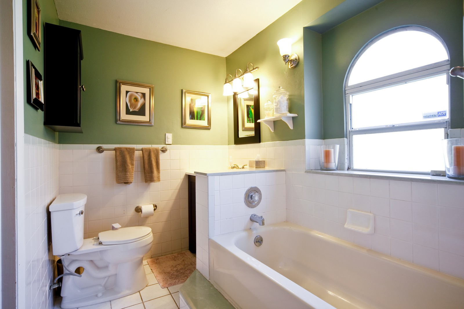 Real Estate Photography - 4603 W Kensington Ave, Tampa, FL, 33629 - Master Bathroom