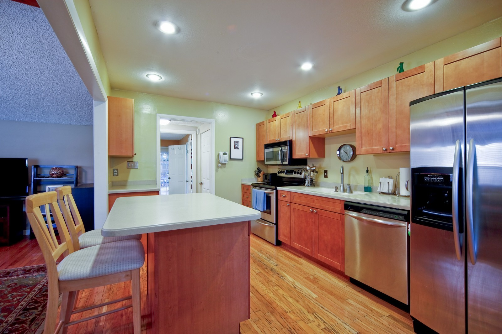 Real Estate Photography - 4603 W Kensington Ave, Tampa, FL, 33629 - Kitchen