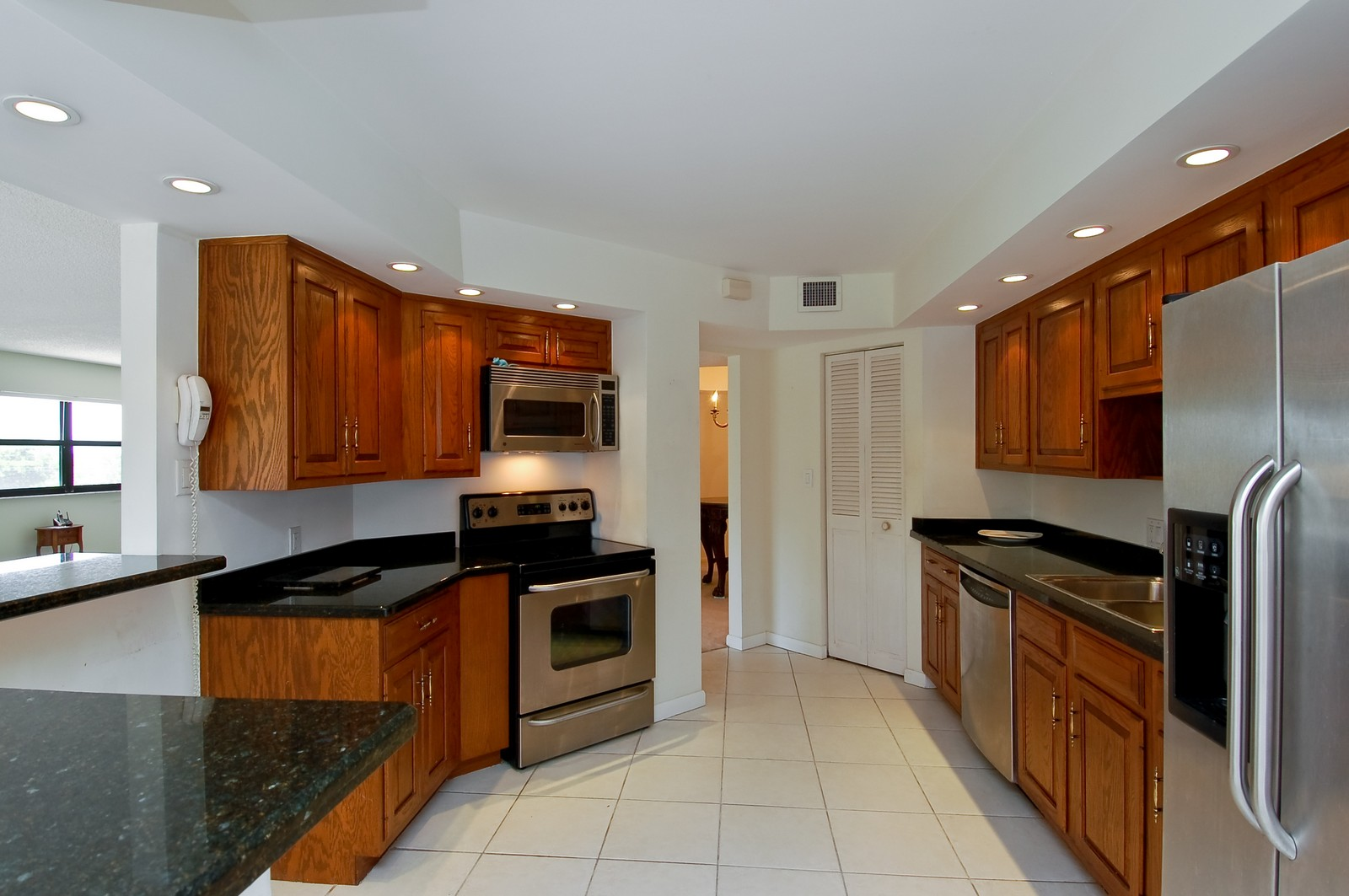 Real Estate Photography - 4605 S Ocean Blvd, Unit 3B, Highland Beach, FL, 33487 - Location 4