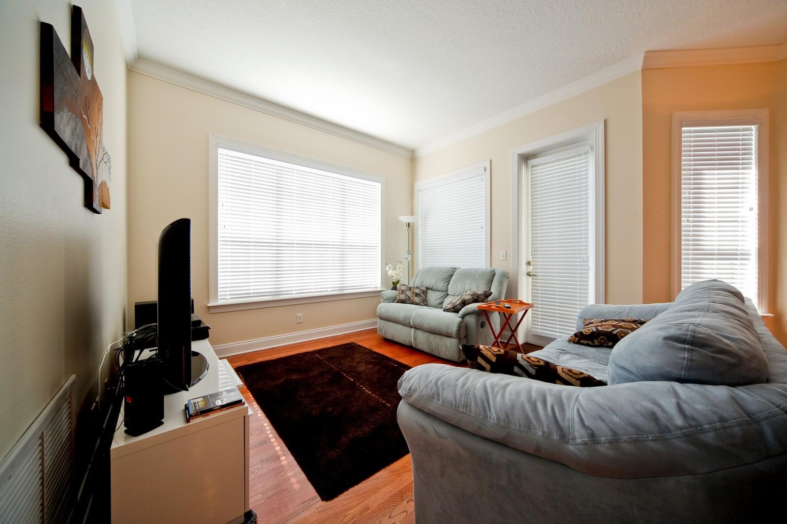 Real Estate Photography - 3812 El Prado Blvd, Tampa, FL, 33629 - Family Room
