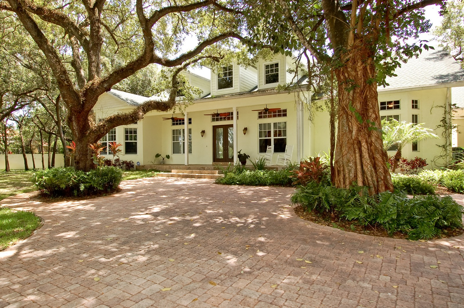 Real Estate Photography - 5400 Woodlanden Ln, Ft Lauderdale, FL, 33021 - Front View