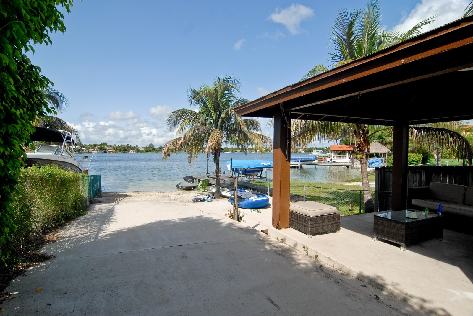 Real Estate Photography - 9263 SW 136th Ter, Miami, FL, 33176 - Waterfront