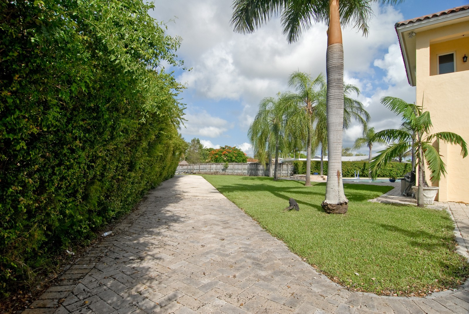 Real Estate Photography - 9263 SW 136th Ter, Miami, FL, 33176 - Side Yard