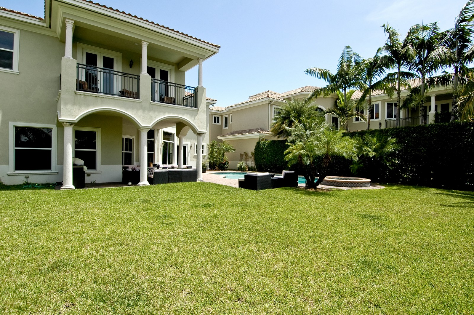 Real Estate Photography - 1260 Hatteras Ln, Hollywood, FL, 33019 - Back Yard