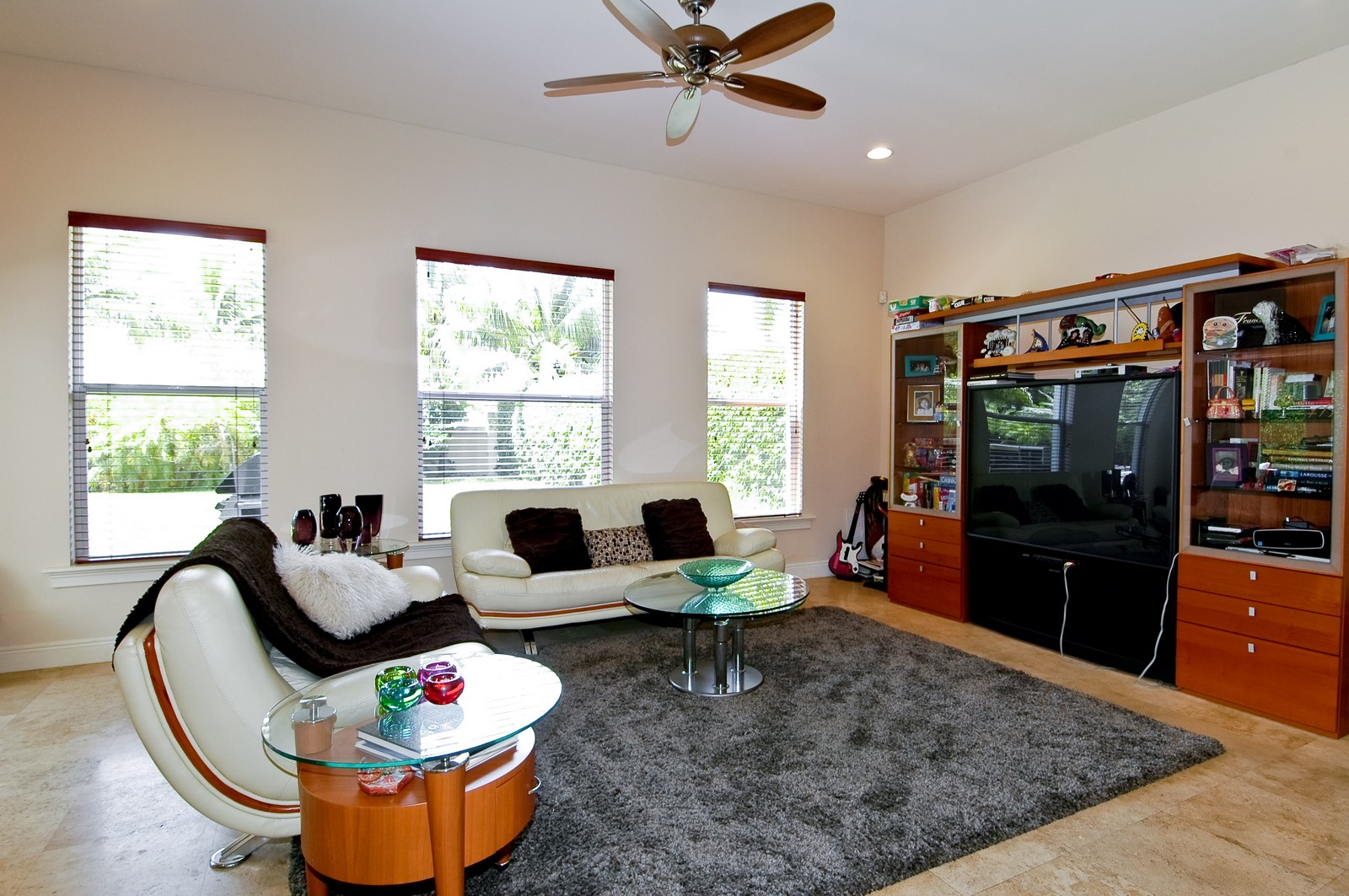 Real Estate Photography - 1260 Hatteras Ln, Hollywood, FL, 33019 - Family Room