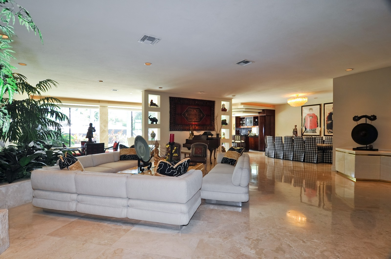 Real Estate Photography - 1510 W 23rd St, Miami Beach, FL, 33140 - Great Room