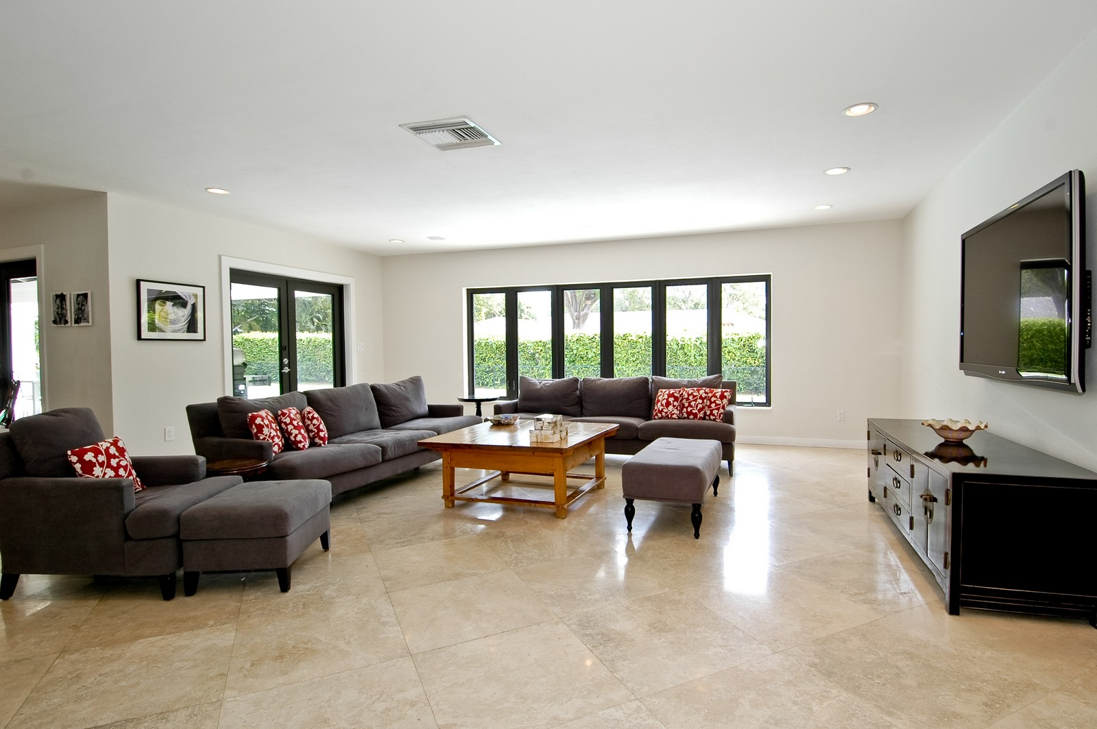 Real Estate Photography - 5900 SW 116th St, Coral Gables, FL, 33156 - Location 1