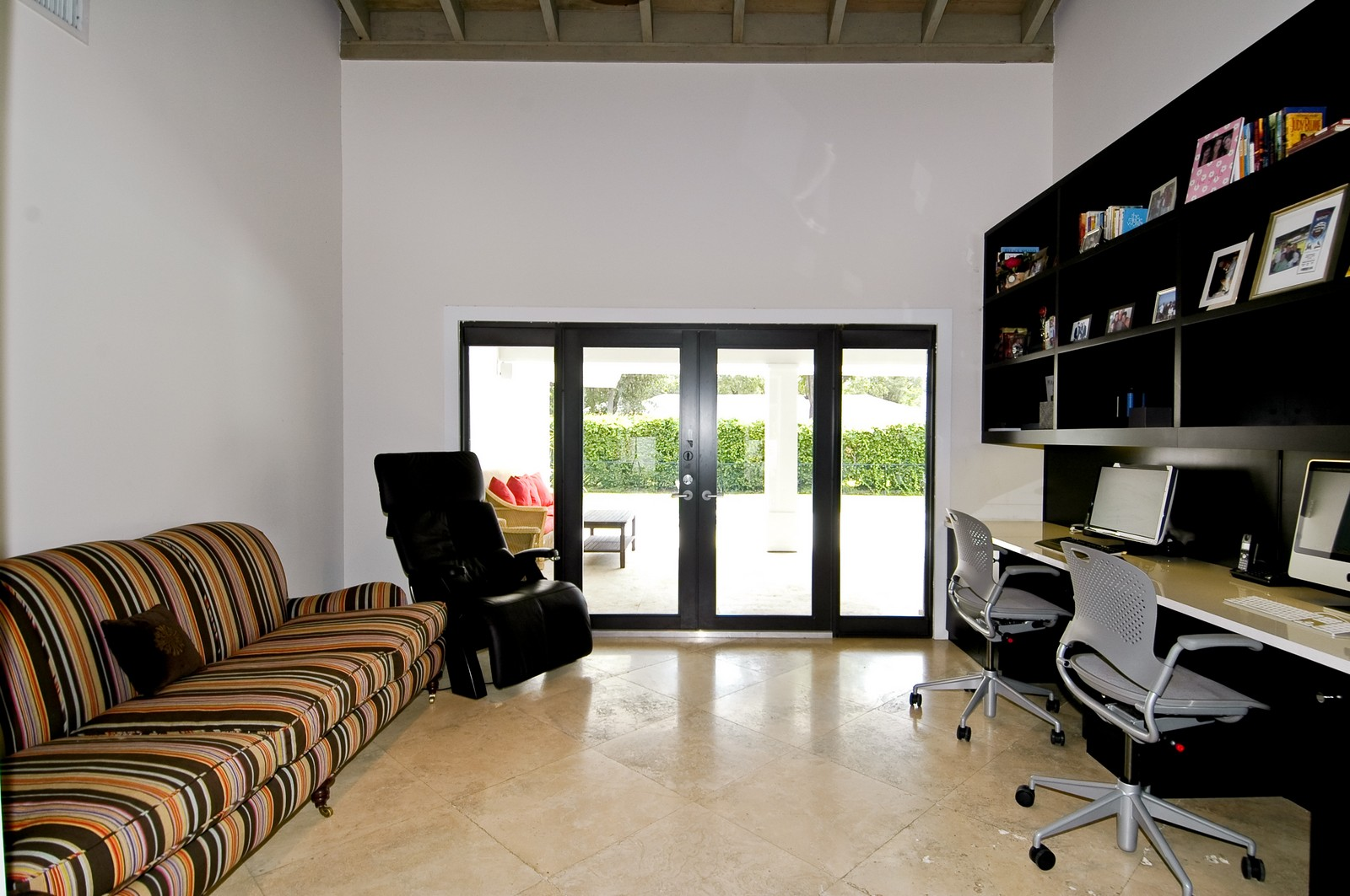 Real Estate Photography - 5900 SW 116th St, Coral Gables, FL, 33156 - Office