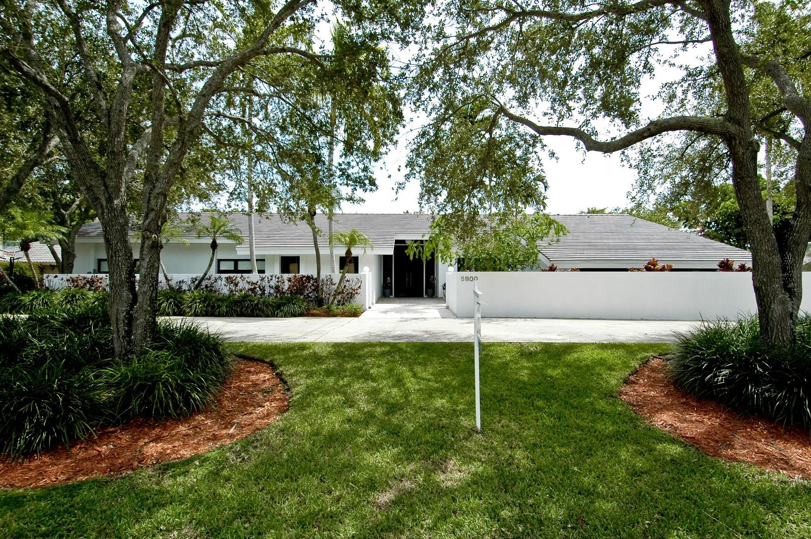 Real Estate Photography - 5900 SW 116th St, Coral Gables, FL, 33156 - Front View