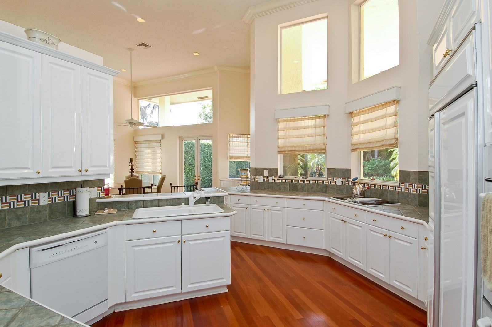 Real Estate Photography - 6329 NW 23rd Way, Boca Raton, FL, 33496 - Kitchen