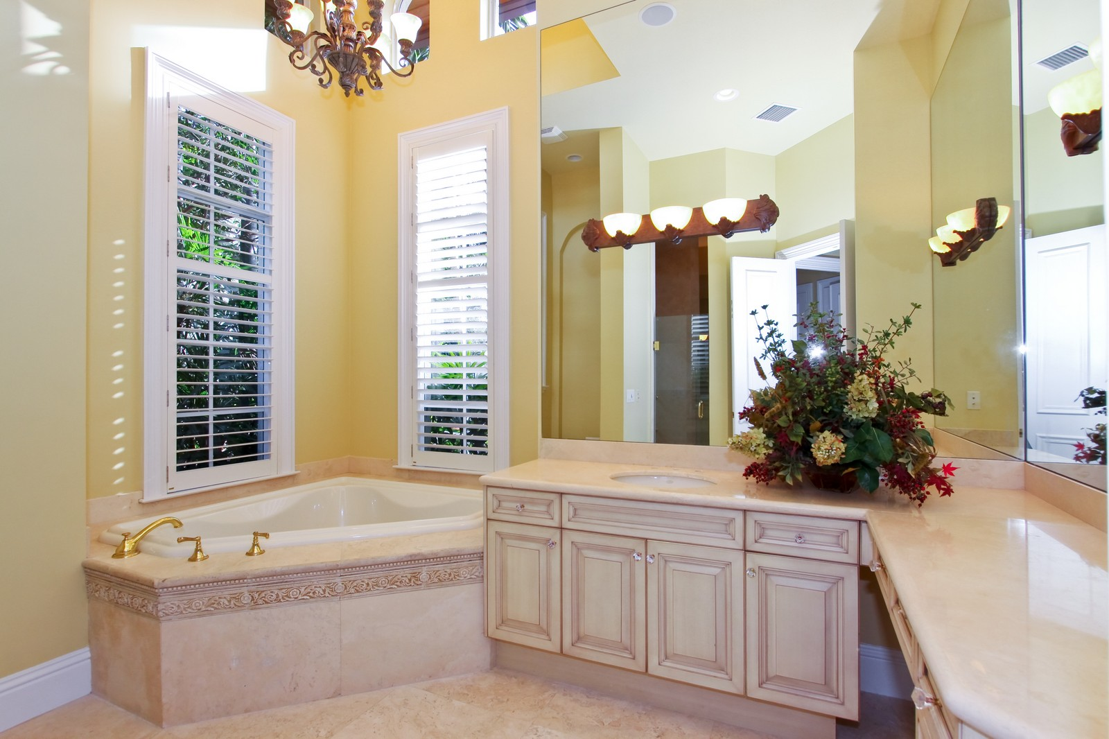 Real Estate Photography - 809 Harbour Isles Court, North Palm Beach, FL, 33410 - Her Bathroom