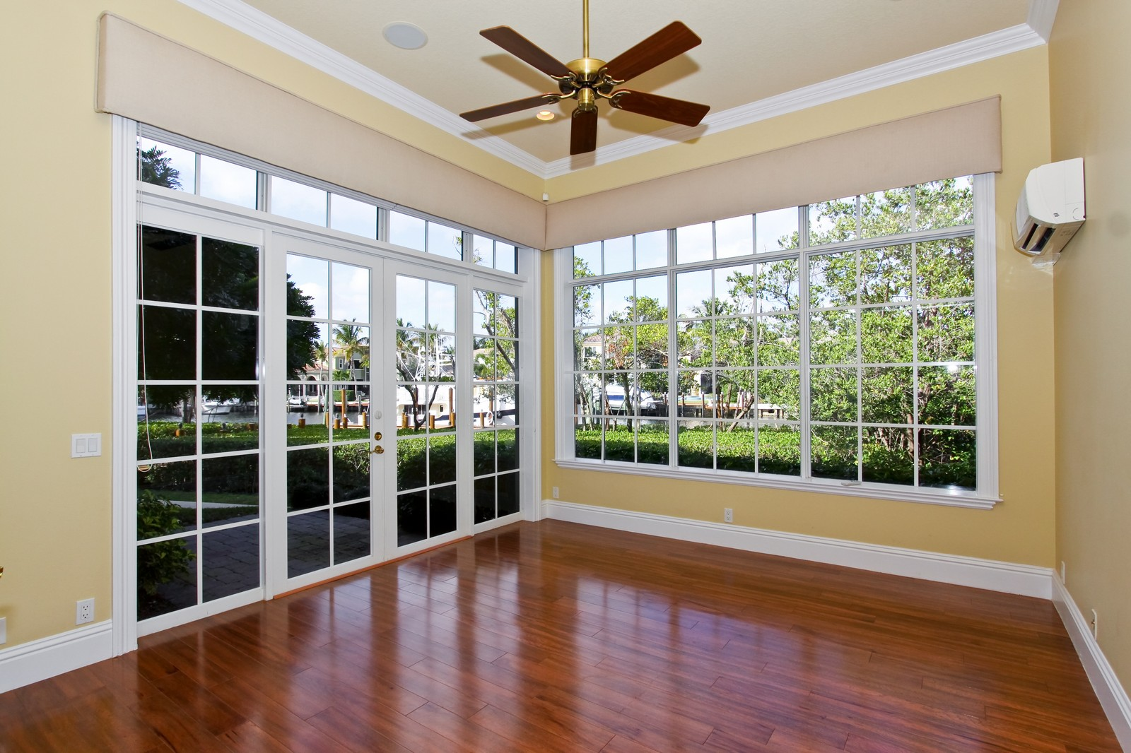 Real Estate Photography - 809 Harbour Isles Court, North Palm Beach, FL, 33410 - Study