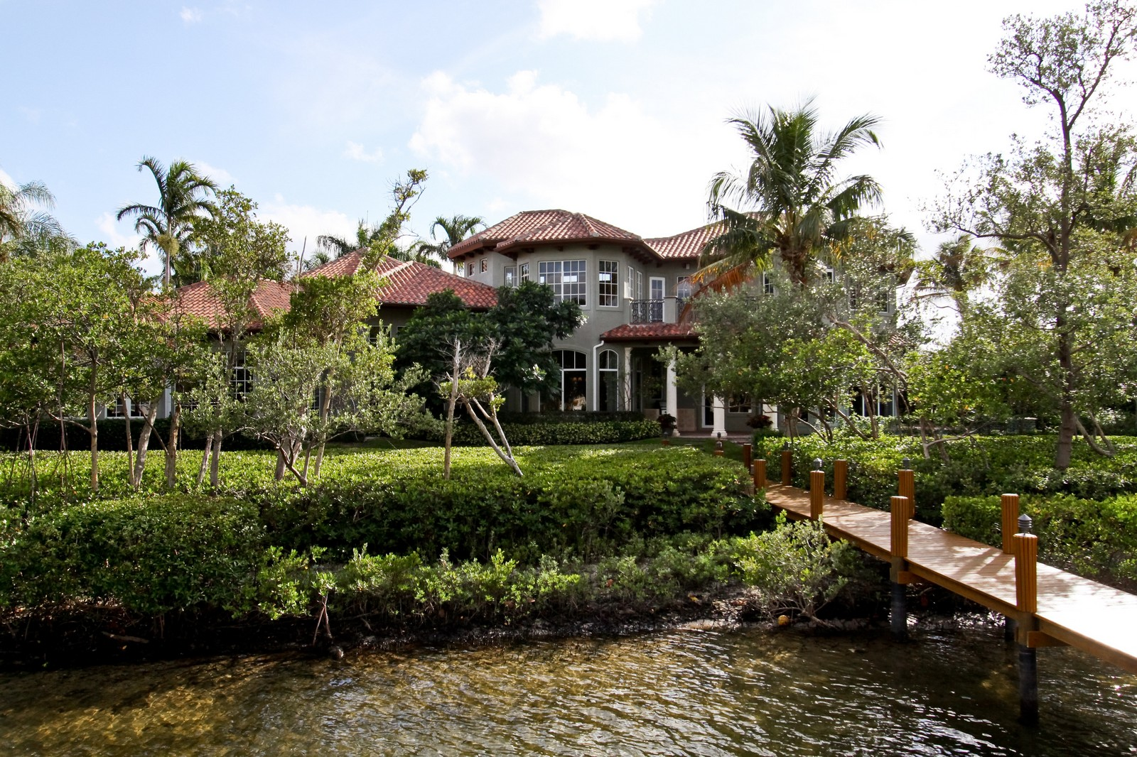 Real Estate Photography - 809 Harbour Isles Court, North Palm Beach, FL, 33410 - Rear View