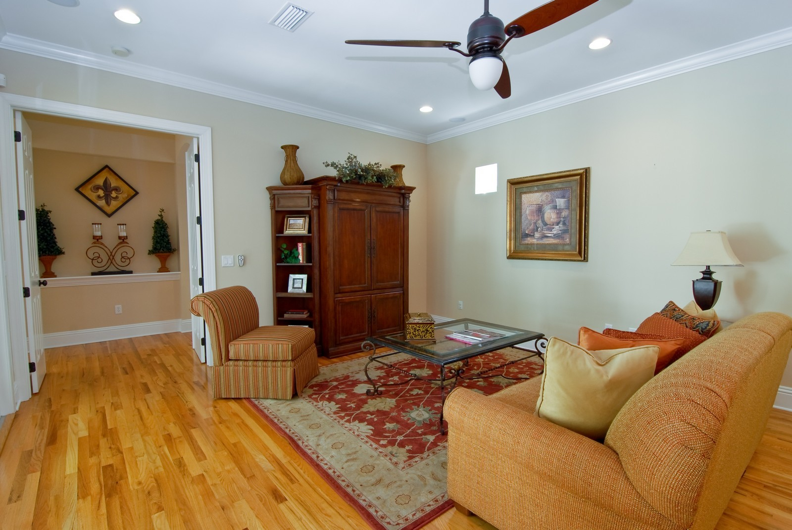 Real Estate Photography - 3107 Fountain Blvd, Tampa, FL, 33609 - Family Room