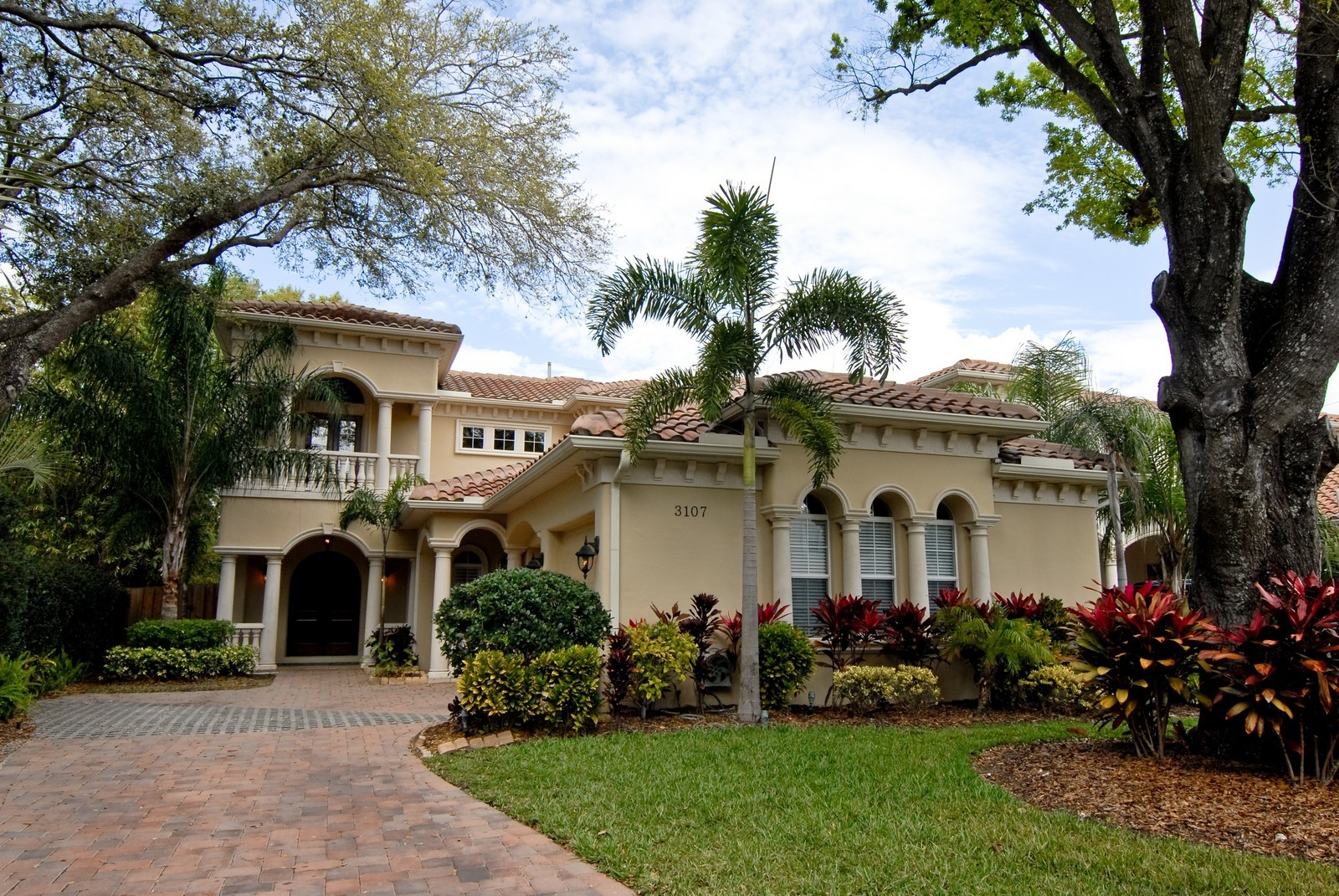Real Estate Photography - 3107 Fountain Blvd, Tampa, FL, 33609 - Front View