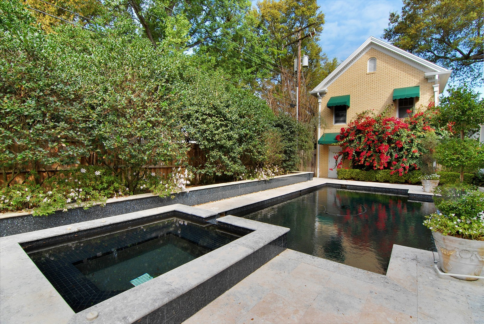 Real Estate Photography - 2223 S. Bendelow Trail, Tampa, FL, 33629 - Pool