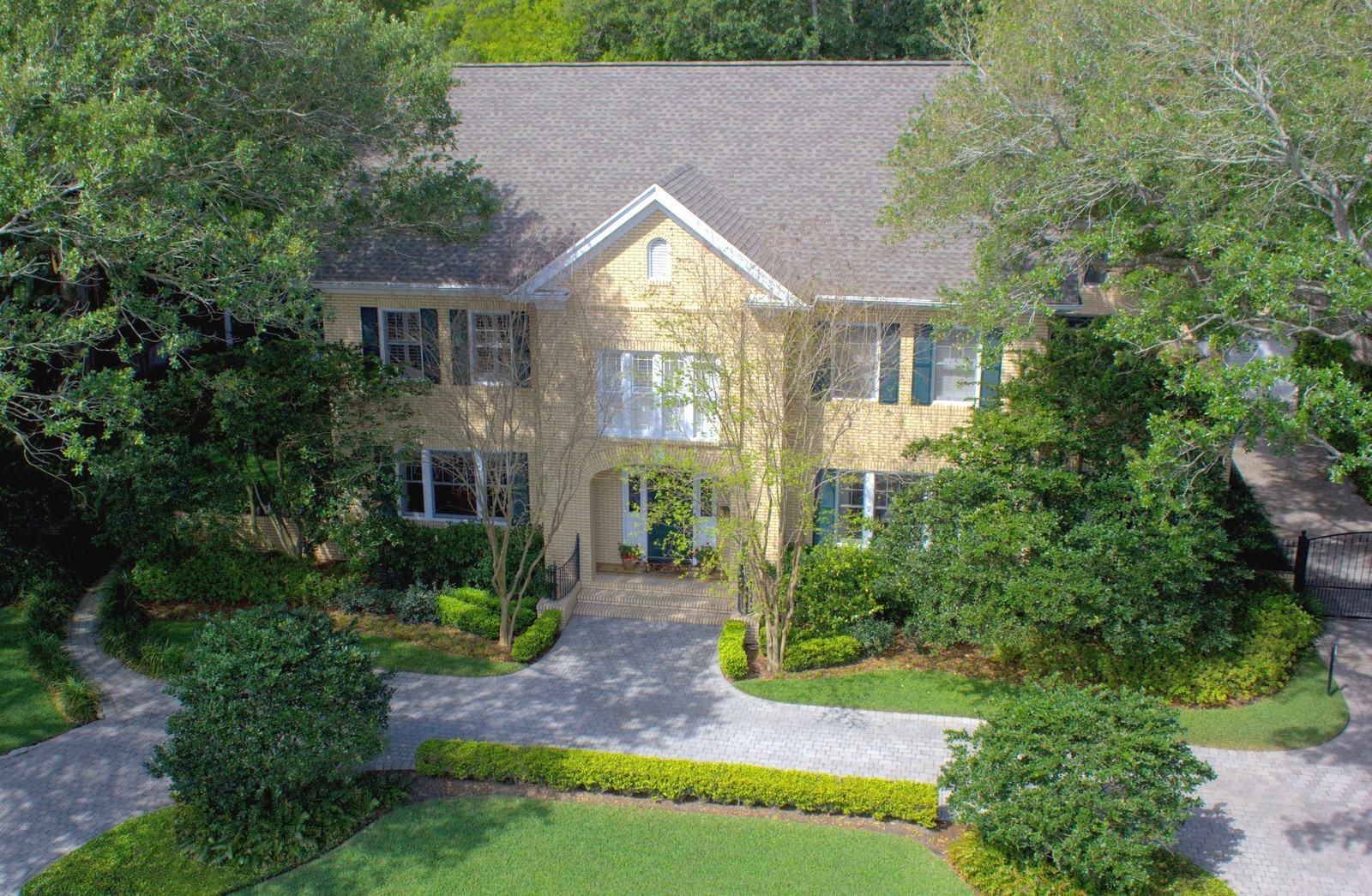Real Estate Photography - 2223 S. Bendelow Trail, Tampa, FL, 33629 - Front View