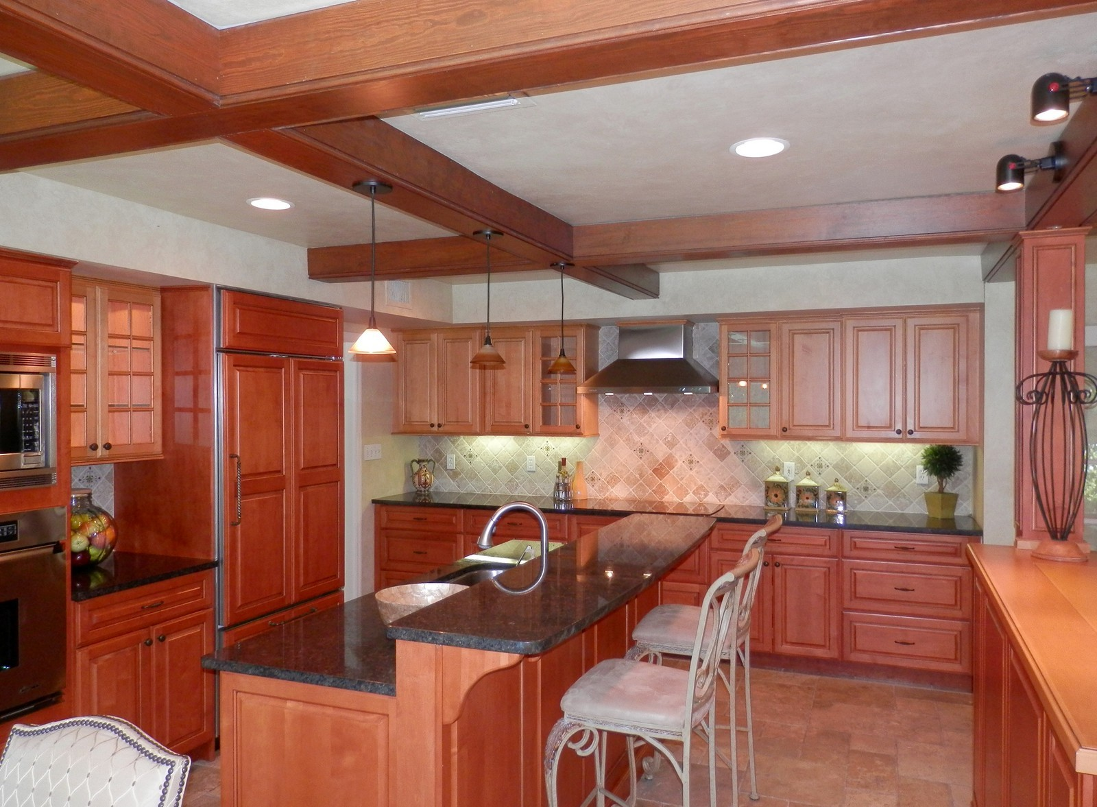 Real Estate Photography - 4920 Lyford Cay Road, Tampa, FL, 33629 - Kitchen