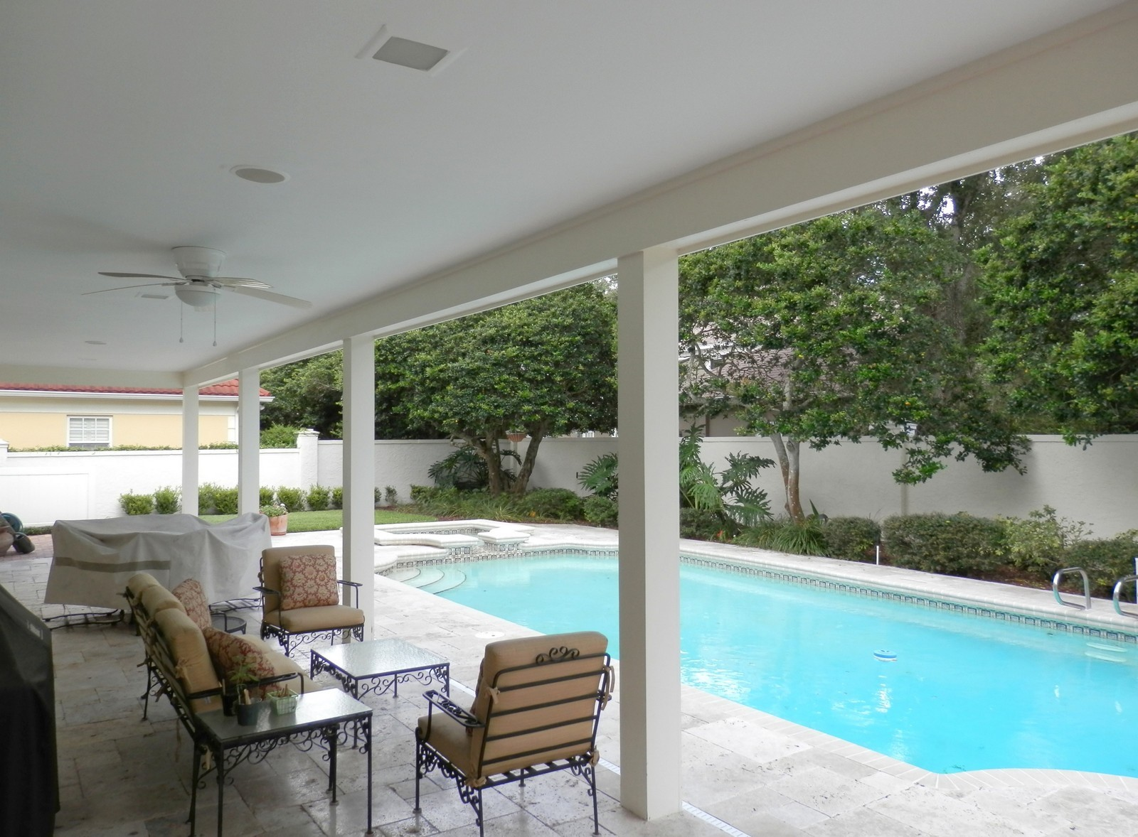 Real Estate Photography - 4922 New Providence Ave, Tampa, FL, 33629 - Pool