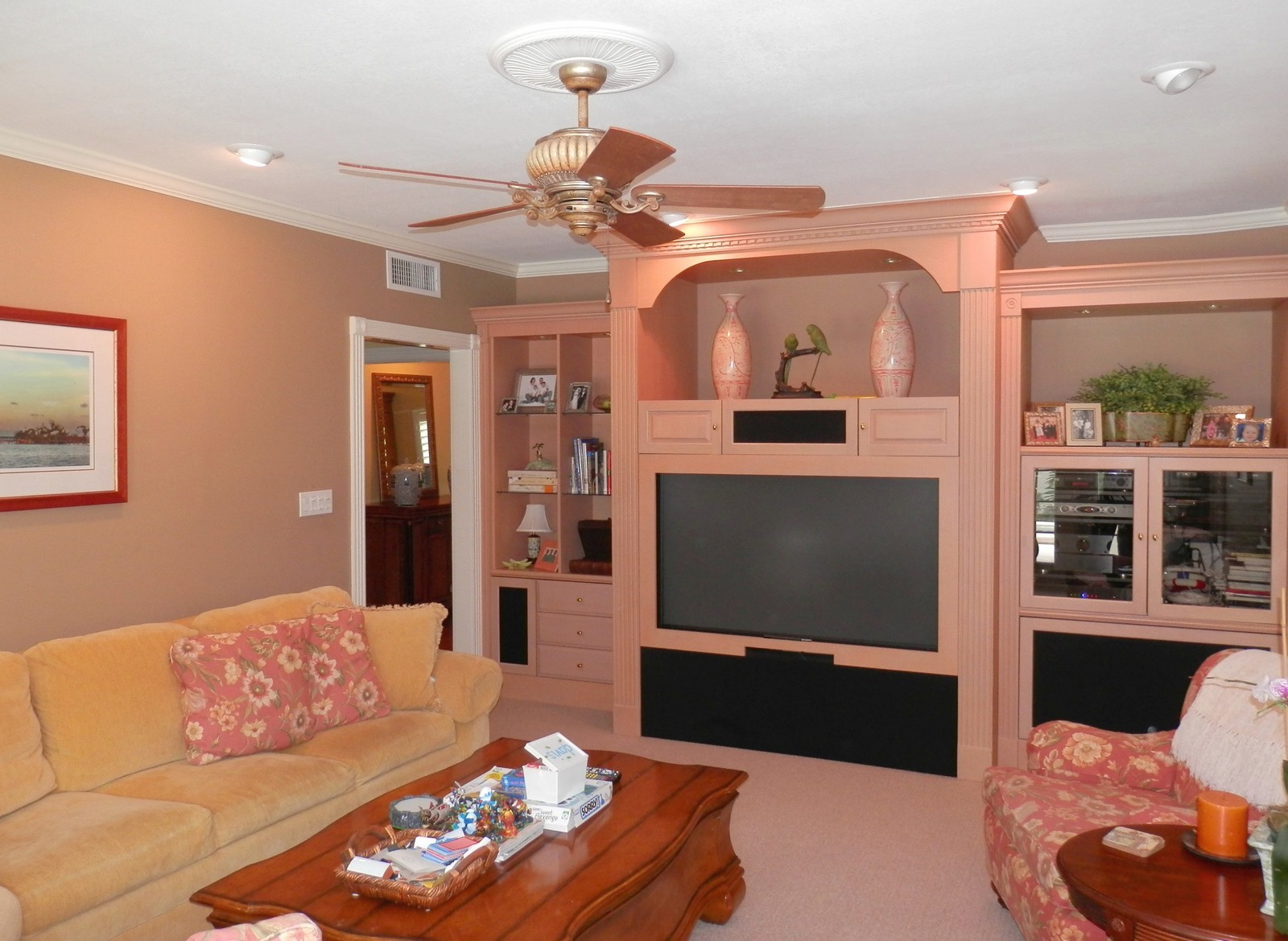 Real Estate Photography - 4922 New Providence Ave, Tampa, FL, 33629 - Family Room