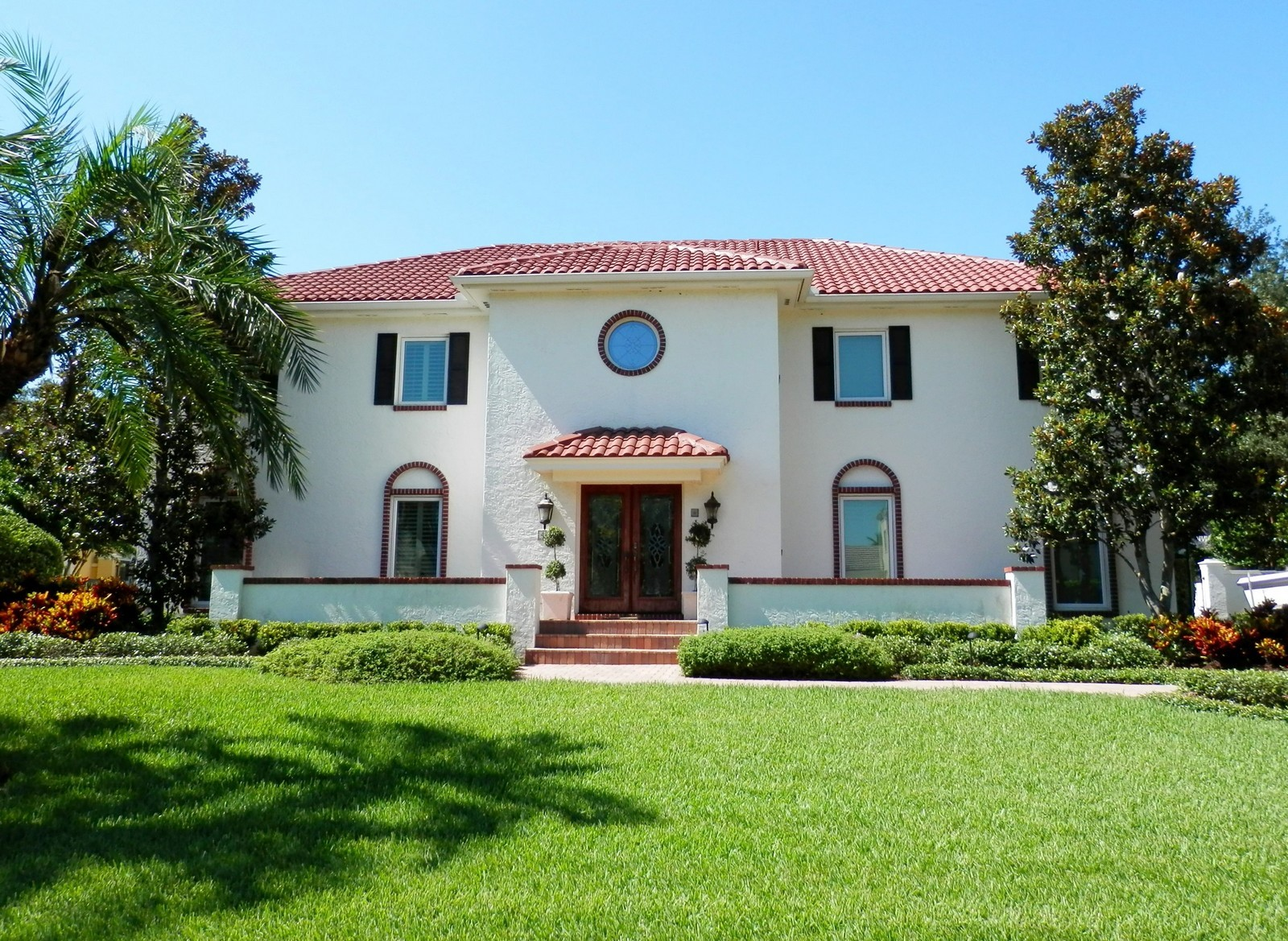 Real Estate Photography - 4922 New Providence Ave, Tampa, FL, 33629 - Front View
