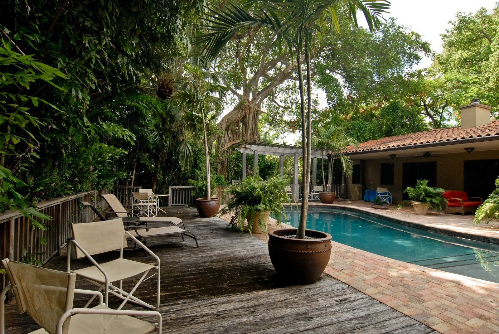 Real Estate Photography - 3403 Poinciana, Coconut Grove, FL, 33133 - Pool