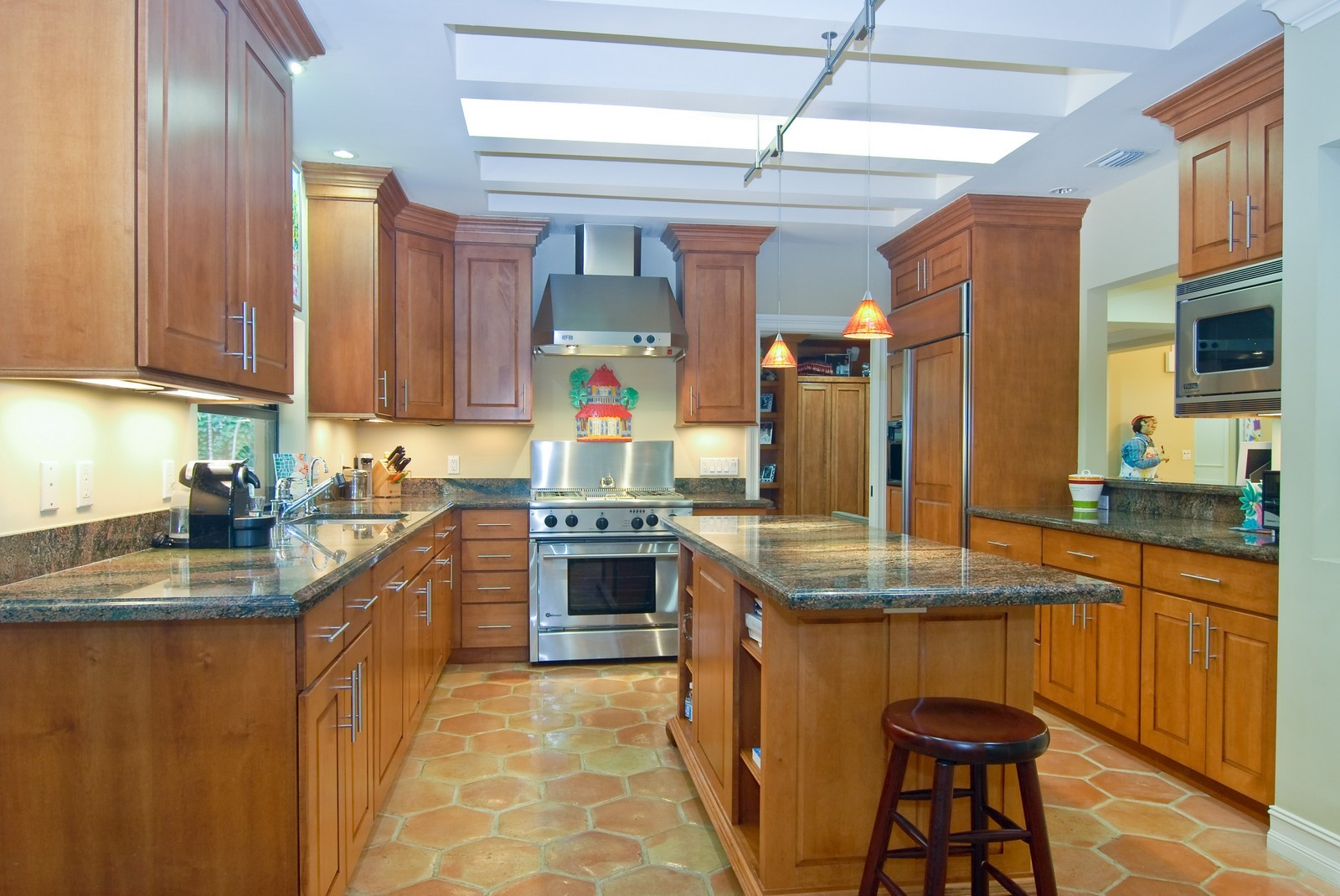 Real Estate Photography - 3403 Poinciana, Coconut Grove, FL, 33133 - Kitchen