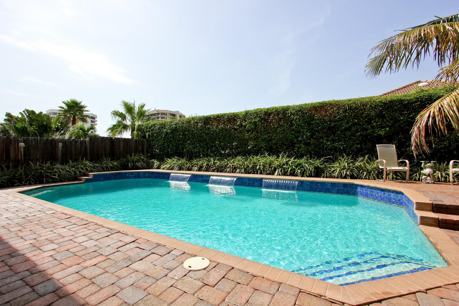 Real Estate Photography - 430 N. Lyra Circle, Juno Beach, FL, 33408 - Location 2