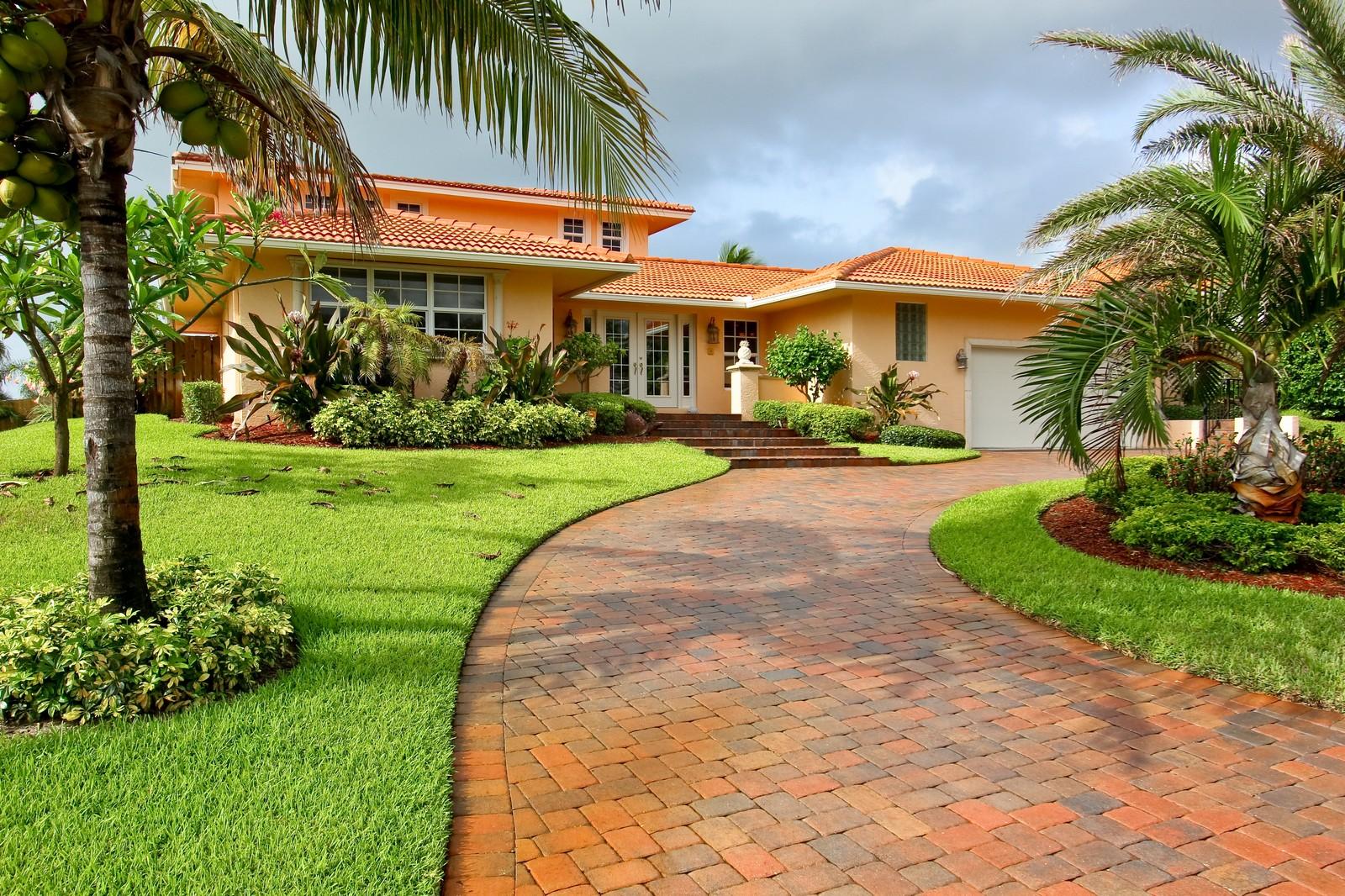 Real Estate Photography - 430 N. Lyra Circle, Juno Beach, FL, 33408 - Front View